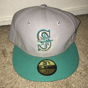 Other - New era mariners fitted